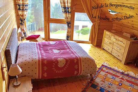 Chambre gite Séquoia Nid de la Bergeronnette au Pays de Phalsbourg - Dabo
